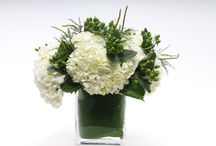 Holidays / Flower arrangements, wreaths, and holiday decoration ideas.