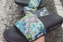 Sandals/Flips