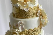 WEDDING CAKES GOLD