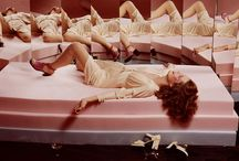 Strike a Pose / Fashion photography; Gauy Bourdin; Sarah Moon; Miles Aldridge