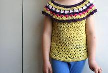 Dievčenský háčkovany pulover