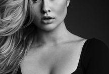 Gotta love your curves - Hunter McGrady