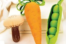 Veg and fruit toys / Fruit and veg themed toys all in one place.