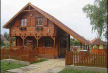 Casa de vacanta din lemn masiv / Casa din lemn masiv