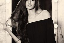 Ananya Pandey / Ananya Pandey is the daughter of Chunky Pandey slowly moving into the movie industry.