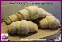 Bread Baking Classes / Bread Baking Classes in Italy near Venice - Artisanal Bread Baking: in this inspiring and fun class, Mama Isa - chef instructor - will teach you the proper mixing, kneading, and baking techniques to make a wide variety of crusty Italian breads (cornetti di pane, ciabatta, focaccia, rosette, panini, crostini, filone, ciriole, treccia di pane.....) - Official Website: http://isacookinpadua.altervista.org/ - Book a bakery class now, email us isacookinpadua (at) gmail (dot) com