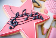 music, dance and sparkle cookies