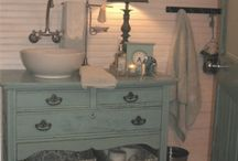 Bathroom make over / by Kimberly Lansing
