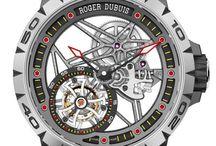 Relógios Esqueletizados / Confira a nossa seleção de Relógios com as engrenagens à mostra.