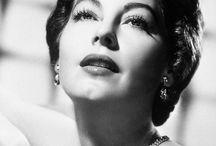 Old Actress