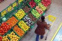 Yummy Fruit / by Ronnie Lesh