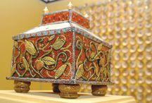 Art Studio Pottery Inspiration: boxes / by Charlee Kimball