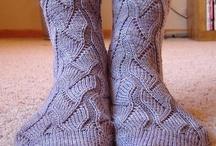 Knitting / by Lutfiah Soehoed