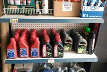 Aceite. / Todo tipo de aceites para maquinaria agrícola, motocicletas, coches.
