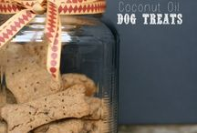 For The Dogs - Recipes / by Kat Tankersley