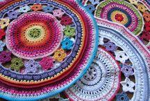Háčkování, pletení a ruční práce