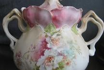 Cookie Jars / Pretty Cookies Jars / by Monicia Mirvis