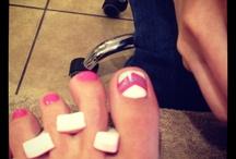 Nails / by Niki Laban