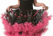 Princess Dressup / http://www.pinkprincess.com/princess-dress-up.html