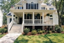 Houses I think are charming / by Rhoda Gardner