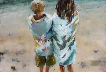 gutt og jente ved stranda