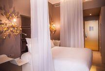 bedrooms/hotel bedrooms