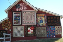 Quilt barns / by Grandma's Pearl