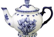 Antique & Vintage Delft Ware Ceramics / Goodly Ceramics from Delft from XVI century in White and Blue ............ Time to buy an antique is when u see it !