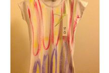 Si iO T-shirt / t-shirt dipinte a mano
