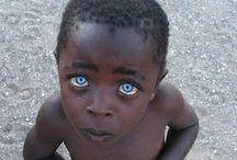 Σπανια όμορφα  μάτια