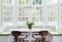 Canapele la fereastră