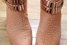 Current Shoe Trends / Everyday and evening shoe inspiration from current trends!