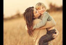 family pic ideas / by Timmi Keeton-Ritzman