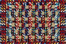#obelonopapel / Prático e despojado, #obelonopapel veio colorir os encontros de amigos e familiares em torno da mesa. São jogos americanos de papel com estampas exclusivas. Venha conferir as novidades na 27ª Craft Design, de 13 a 16/08/15 no Frei Caneca.