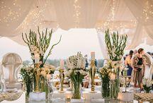 Gold white wedding decoration inspiration