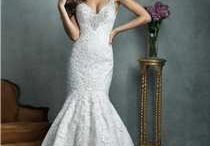 Vintage Style Wedding Gowns / All about Gorgeous Vintage inspired Wedding Dresses. Beautiful styles from yesteryear brought to you by the top wedding gown designers and House of Brides.