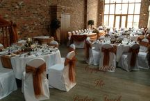The Perfect Touch Grimsby Autumn Theme @ Hall Farm / The Perfect Touch Grimsby. An Autumn Themed Centrepiece  Here we have created an autumn themed centrepiece using a log, dried sliced oranges, cinnamon sticks, acorns, pinecones, dried pumpkins.