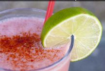 Food: Smoothies & Shakes / by Becky Rasmussen