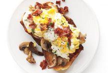 Recipes To Try: Breakfast / by Kassie Maldonado