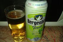 Relaxare /  După o săptămână plină, merităm relaxare deplină alături de o bere rece și delicioasă.  @Buzzstore  @Bergenbier  #BergenbierMuntiAlbastri