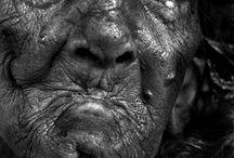 Realistyczne portrety w czarno-białym kolorze