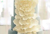 cakes / by Britany Sublett