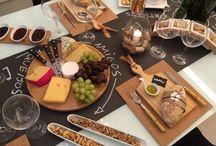 Mesa de vinhos queijos e petiscos