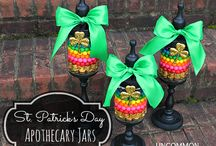 LIght & Healthy St Patricks Day / Find your pot of gold with healthy recipes & fun craft ideas / by Christie @Food Done Light