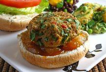 Edible Eaties / by Tracey Hembling