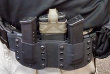 Protocol by Carrying a Weapon / A Special-Unit/Force of the Police and Militairy there are Protocol counted from by carrying a weapon. Only an Spesialist know to go with their weapon, and or convenient handle of your holster can this suspension or dismissial with immediate effect. 'These are more stringent regulations',  visible or invisible wear just for them that are intended. (rules ar rules)