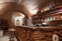 Wine & Liqueur Stand
