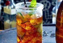 Cocktails & Longdrinks / Mit oder ohne Alkohol? Fruchtig-spritzig oder herrlich cremig? Wenn es um Cocktails geht, sind die Vorlieben vielfältig. Hier findest du die besten Rezepte für deine nächste Party!