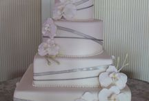 All the Pretty Cakes! / by Tracy Engle