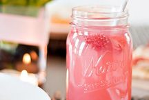 Mason Jar Cocktails / Love cocktails that are served in Mason Jars. So much fun!